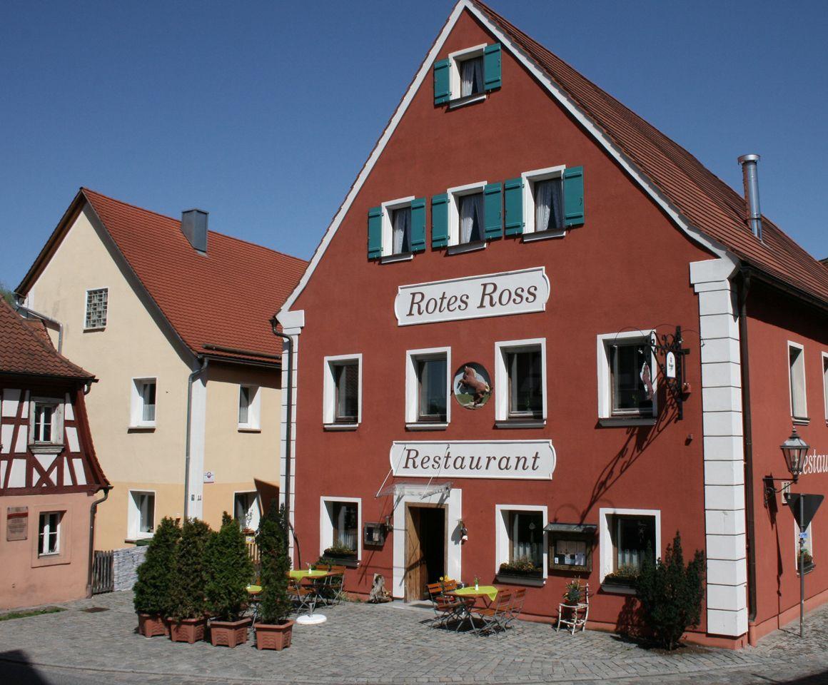 Restaurant Rotes Ross