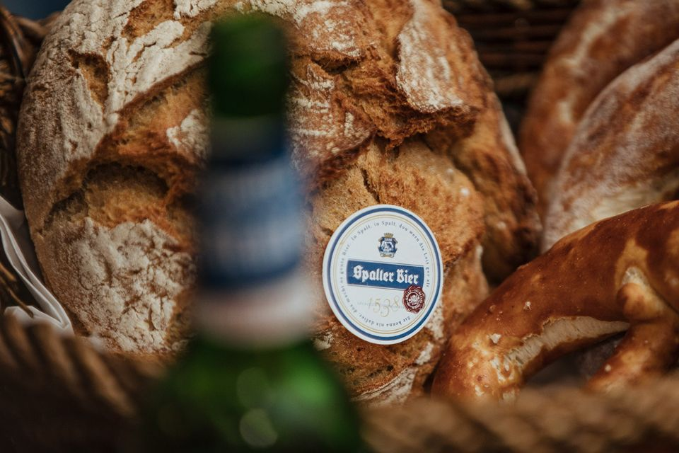 Bierprobe mit fränkischer Vesper: Zur Bierprobe eine fränkische Brotzeit, mit feinen Spezialitäten, zubereitet von unserem Metzger aus Spalt.